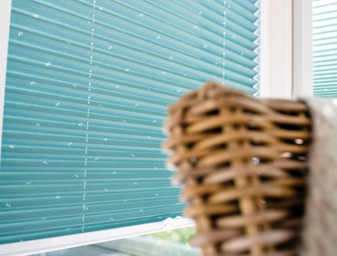 Crochet perfect fit pleated blinds