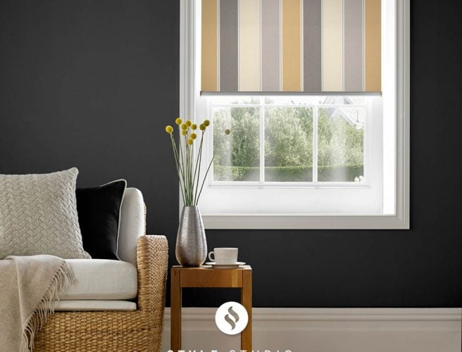 Obsession Natural sitting room blind