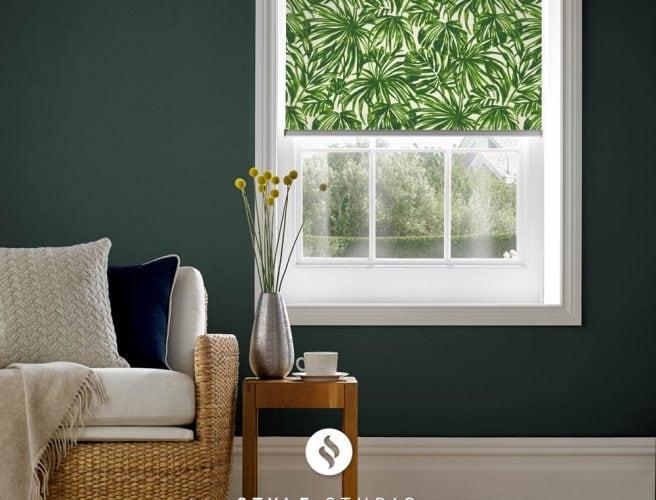 Tropics Verde Sitting room roller blind