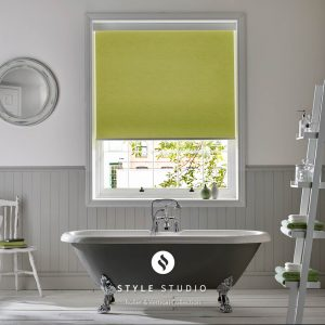 Lime roller blind for the bathroom