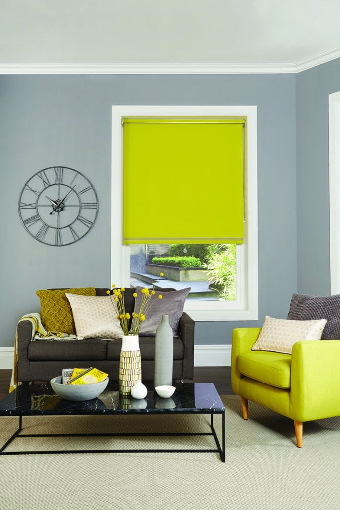 Living room roller blind in Chartreuse