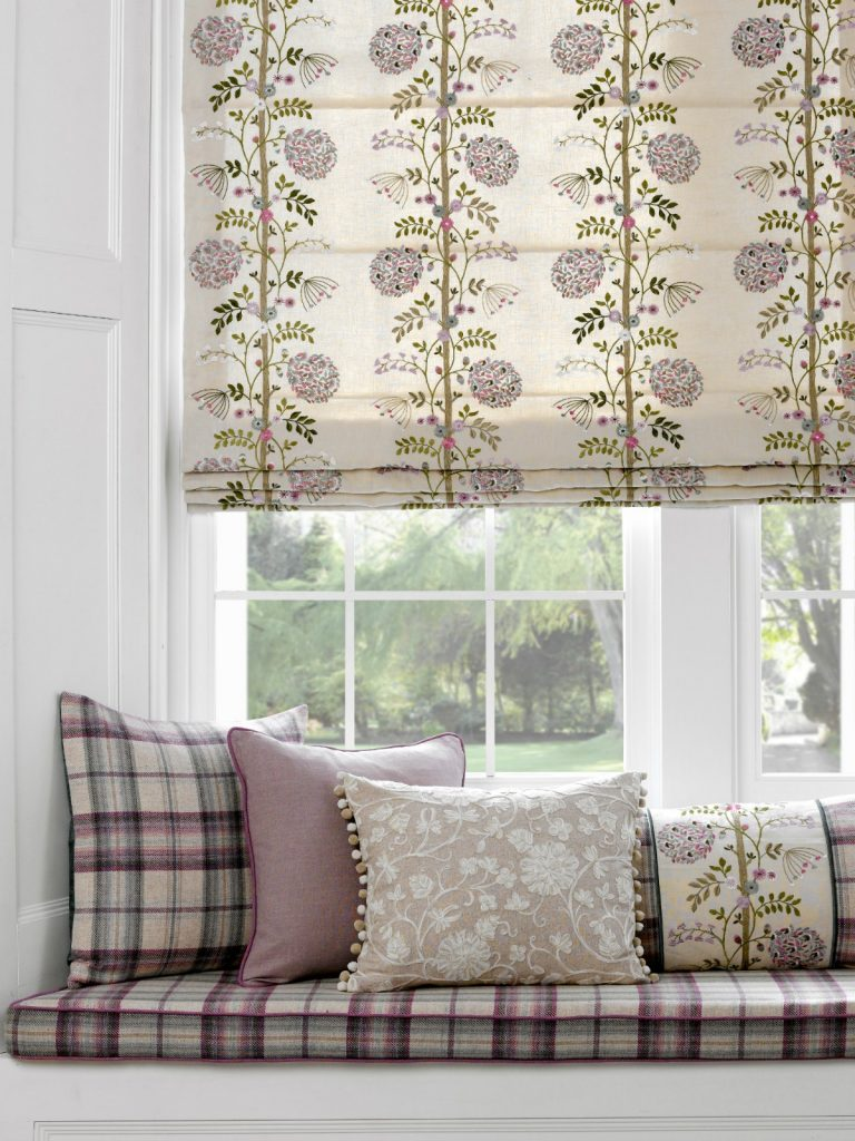 Lilac hues in roman blind