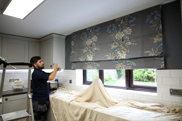 Checking the chain when installing a new kitchen blind - Blinds Norfolk - Norwich Sunblinds